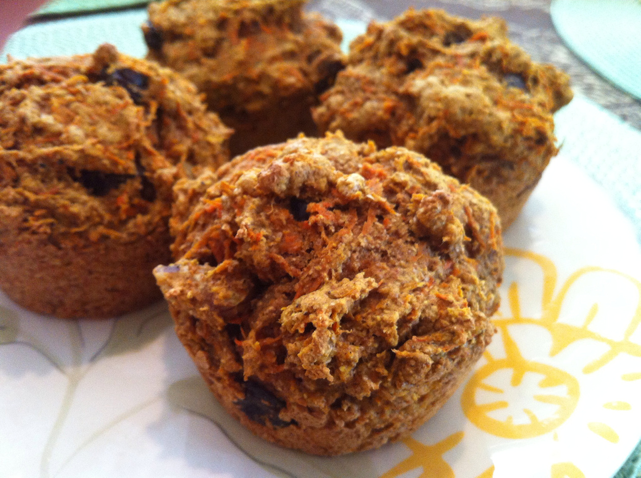 whole grain carrot spice muffins yields 12 muffins