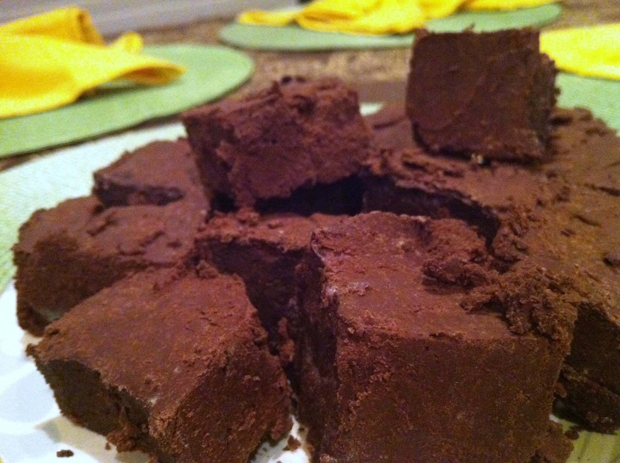NomEatNom - Raw Dark Chocolate Avocado Fudge